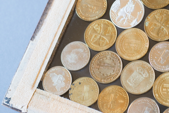 coins-display-diy-back-of-the-frame