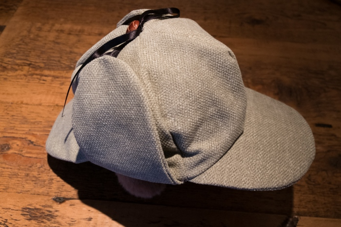 Sherlock Holmes hat - A deerstalker by Miss Coco