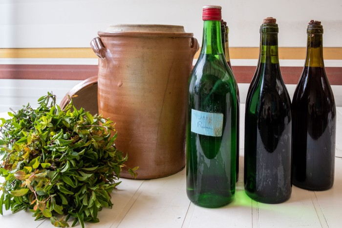 Vin d'Epine recipe