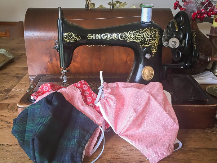 Homemade face mask - sewing on a vintage sewing machine