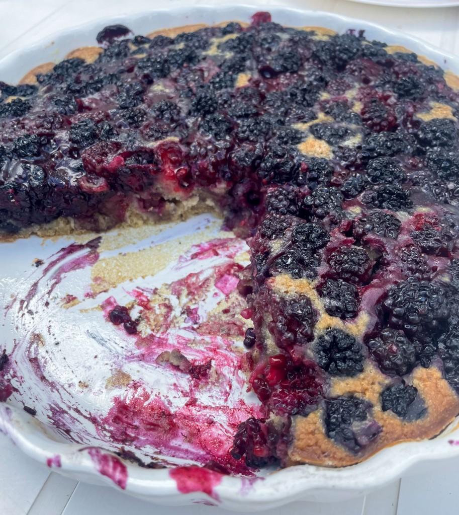 Vegan and delicious blackberries pie